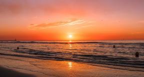Beach-sunset-Hannah-Reding-Unsplash-1200x640